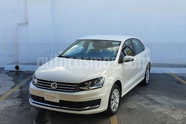 Volkswagen Vento Comfortline Aut usado (2020) color Blanco precio $255,000