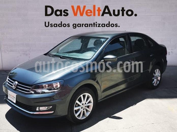 Volkswagen Vento Highline Aut usado (2020) color Gris Carbono precio $250,000