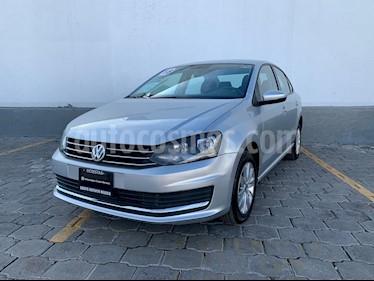 Volkswagen Vento Comfortline usado (2018) color Plata Reflex precio $195,000