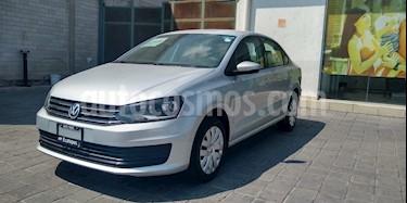 Volkswagen Vento Startline Aut usado (2018) color Plata precio $180,000