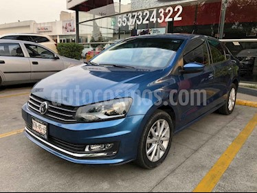 Volkswagen Vento 4p Confortline L4/1.6 Man usado (2018) color Azul precio $195,000