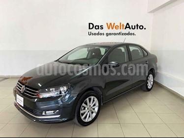 Volkswagen Vento 4p Highline L4/1.6 Man usado (2020) color Gris precio $224,024