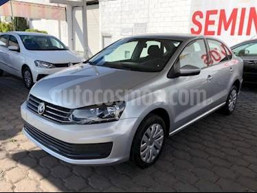 Volkswagen Vento 4P STARLINE AT A/AC. MP3 R-15 usado (2018) color Plata precio $165,000