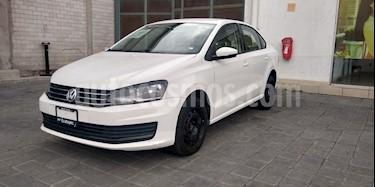 Volkswagen Vento Startline Aut usado (2018) color Blanco precio $165,000