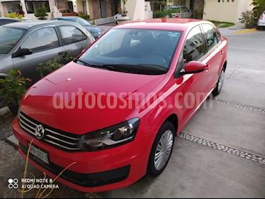 Volkswagen Vento Comfortline usado (2020) color Rojo Flash precio $208,000