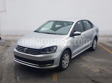 Volkswagen Vento Comfortline usado (2018) color Plata precio $165,000