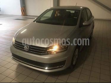 Volkswagen Vento Comfortline usado (2019) color Plata precio $220,000
