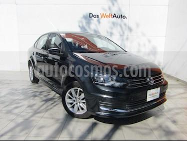 Volkswagen Vento Comfortline usado (2019) color Gris Carbono precio $215,000