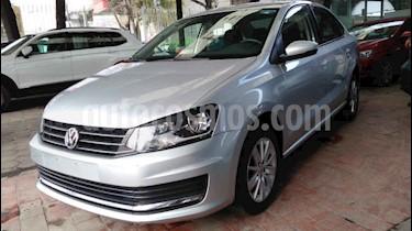 Volkswagen Vento 4p Confortline L4/1.6 Aut usado (2019) color Plata precio $189,800