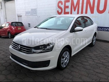 Volkswagen Vento 4P STARLINE TM5 A/AC. MP3 R-15 usado (2018) color Blanco precio $177,000