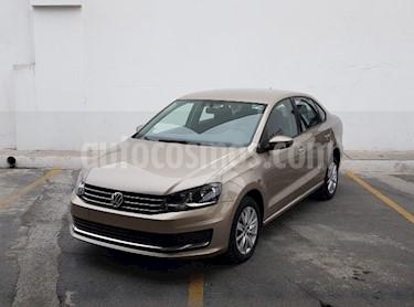 Foto Volkswagen Vento Comfortline usado (2018) color Beige Metalico precio $215,000