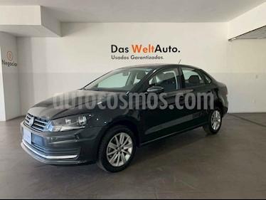 Volkswagen Vento Comfortline usado (2019) color Gris precio $242,000