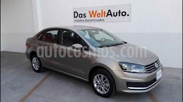 Volkswagen Vento 4p Confortline L4/1.6 Man usado (2019) color Beige precio $230,000