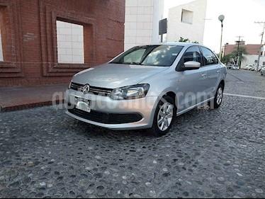 Volkswagen Vento Active Aut usado (2014) color Plata precio $125,000