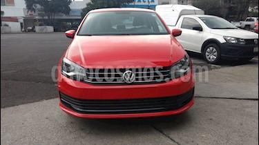 Volkswagen Vento Startline Aut usado (2018) color Rojo Flash precio $165,000