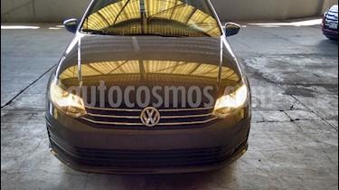 Volkswagen Vento Startline usado (2018) color Gris precio $159,500