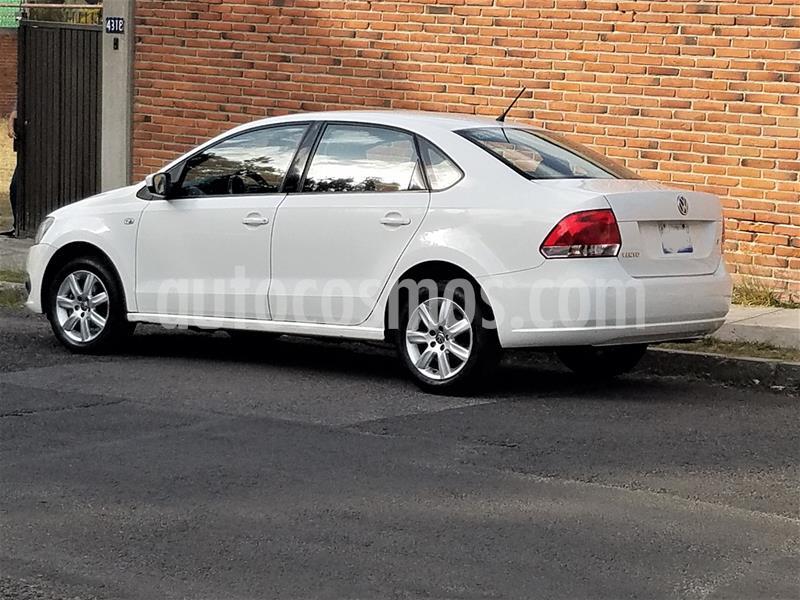 Volkswagen Vento Highline Aut usado (2014) color Blanco precio $135,000