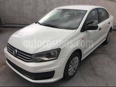 Foto Volkswagen Vento 4p Starline L4/1.6 Aut usado (2017) color Blanco precio $149,000