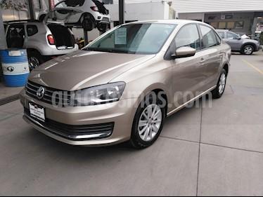 Volkswagen Vento Comfortline Aut usado (2018) color Bronce precio $190,000