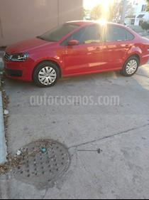 Volkswagen Vento Startline Aut usado (2017) color Rojo Flash precio $165,000