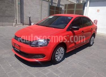 foto Volkswagen Vento Startline Aut usado (2015) color Rojo Flash precio $145,000