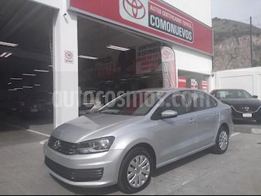 Foto venta Auto Seminuevo Volkswagen Vento Startline Aut (2017) color Plata precio $168,000