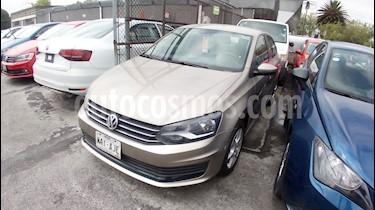 Foto venta Auto Seminuevo Volkswagen Vento Startline Aut (2016) color Beige Metalico precio $1,639,990