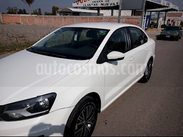 Foto venta Auto usado Volkswagen Vento Startline (2016) color Blanco Candy precio $126,000