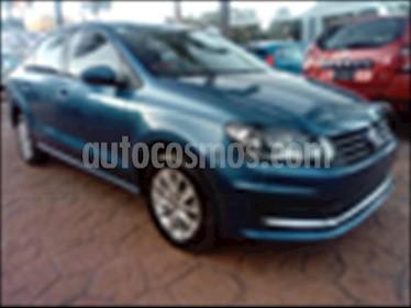 Foto Volkswagen Vento TDI Comfortline usado (2018) color Azul Electrico precio $210,000