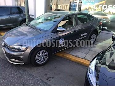 foto Volkswagen Virtus Trendline 1.6 usado (2019) color Gris precio $680.000