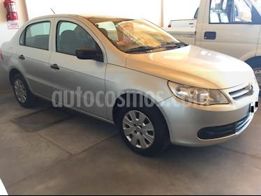 Volkswagen Voyage - usado (2011) color Gris Plata  precio $300.000