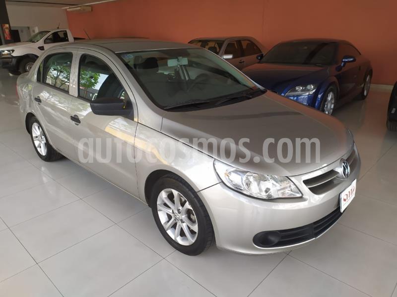 Volkswagen Voyage 1.6 Comfortline usado (2012) color Dorado precio $550.000