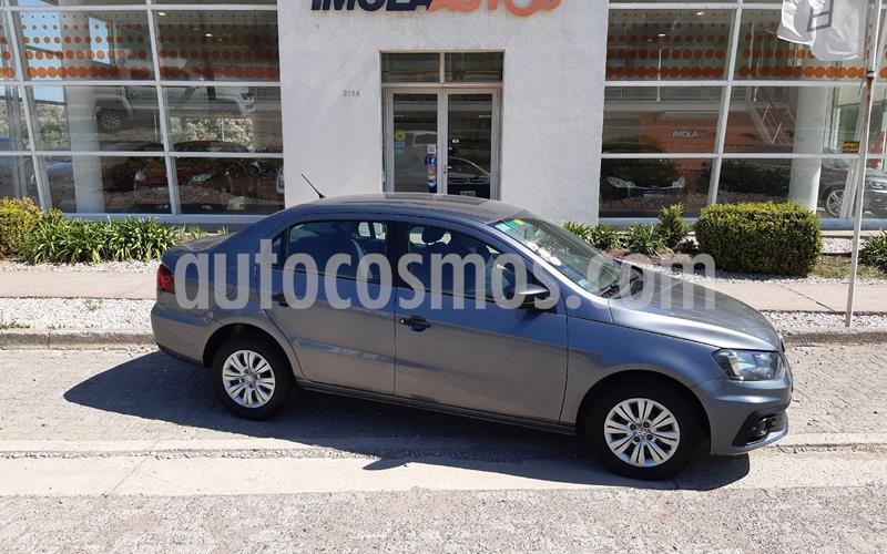 Volkswagen Voyage 1.6 Trendline usado (2017) color Gris Platino precio $990.000