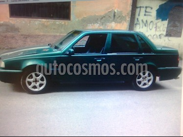 Foto venta carro usado Volvo 940 GL - GLE Sedan L4 2.3i (1994) color Verde precio u$s450