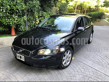 Volvo S40 2.4i Aut usado (2005) color Negro precio $285.000