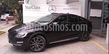 Foto venta Auto usado Volvo S60 Cross Country T5 AWD (2016) color Negro precio $348,900