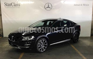 Foto venta Auto usado Volvo S60 Cross Country T5 AWD (2016) color Negro precio $349,000
