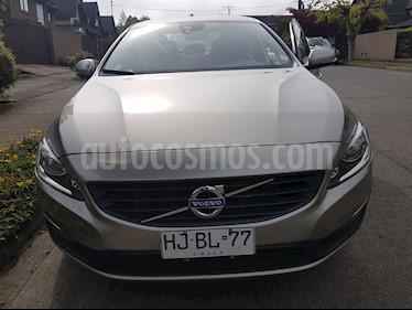 Foto venta Auto usado Volvo S60 2.0L D2 Comfort Turbo Diesel (2016) color Plata precio $12.190.000