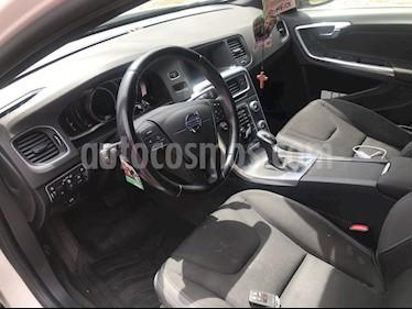 Foto venta Auto usado Volvo S60 2.0L D2 Limited Turbo Diesel (2017) color Blanco precio $11.350.000