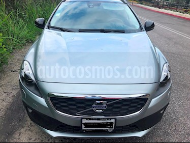 Foto Volvo V40 Cross Country Evolution usado (2014) color Gris precio $249,000