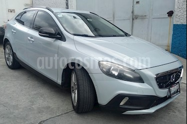 Volvo V40 Cross Country Inspiration AWD Aut T5 usado (2014) color Azul precio $256,000