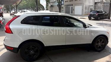 Volvo XC60 T6 High Plus usado (2012) color Blanco Cosmic precio $1.600.000
