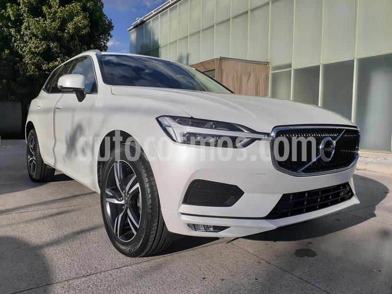 Volvo XC60 T5 Momentum AWD usado (2020) color Blanco Cosmic precio $671,000