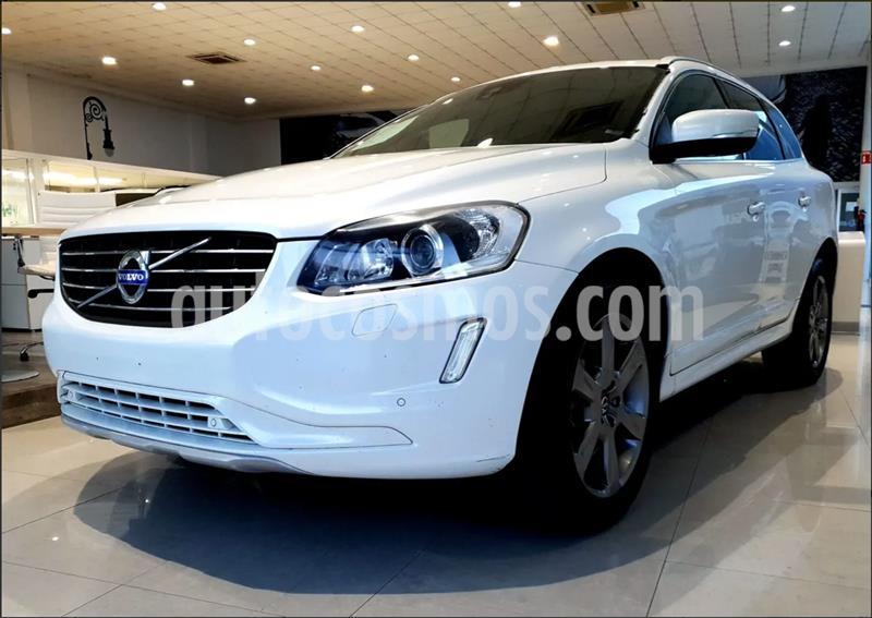 Volvo XC60 T5 Inspiration usado (2015) color Blanco precio $310,000