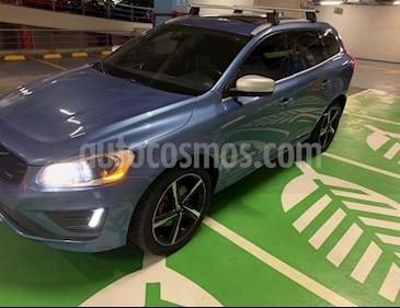 Volvo XC60 T6 R-Design Designers Selection AWD usado (2015) color Azul precio $280,000