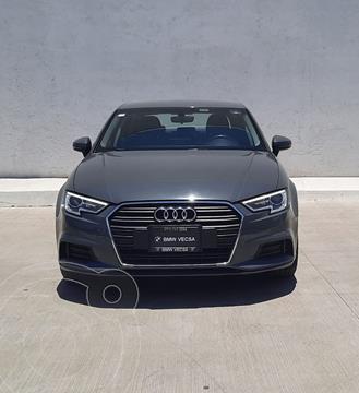 Audi A3 1.4L Dynamic usado (2018) color Gris precio $350,000
