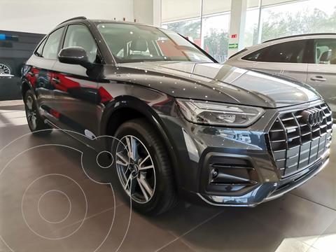 Audi Q5 SB 45 TFSI Select nuevo color Gris Oscuro precio $1,114,750