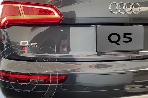 Audi Q5 2.0T Elite  nuevo color Gris Oscuro financiado en mensualidades(enganche $213,980 mensualidades desde $19,088)