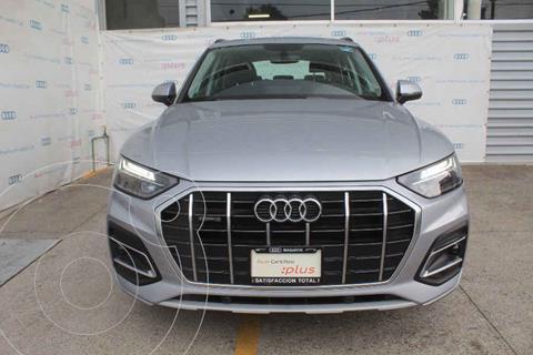 Audi Q5 2.0L T Select usado (2021) color Plata precio $965,000