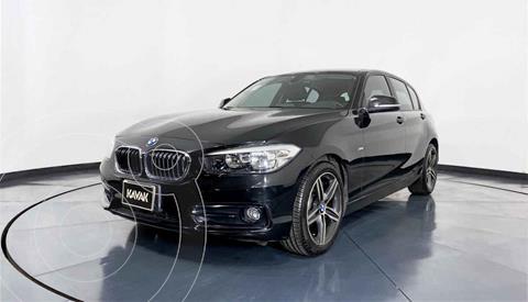 BMW Serie 1 118i Sport Line usado (2018) color Blanco precio $357,999